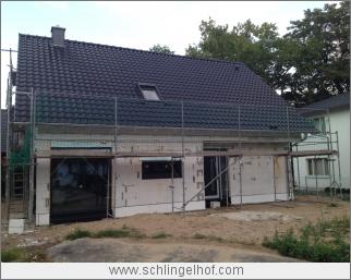 Dachdeckung und Montage Türen und Fenster