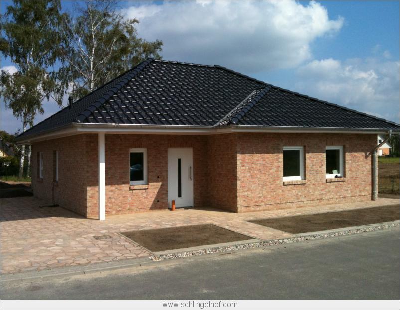 Garage bungalow barrierefreier architekten bungalow in dallgow dberitz romane canal farbe - Architekten bungalow ...